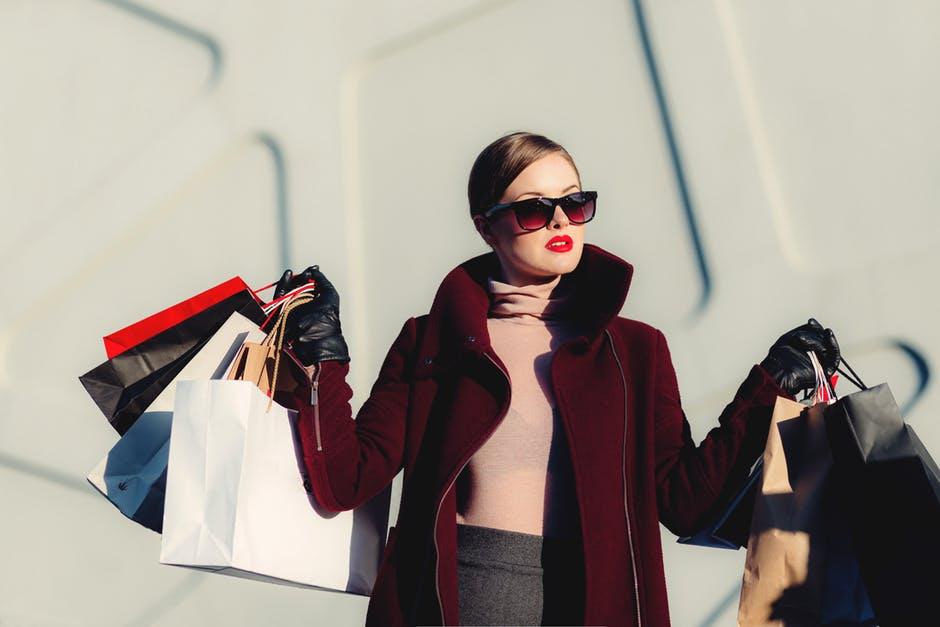 nákupy, ženy, návrat do práce, pohoda, relax