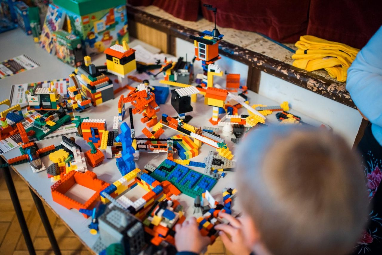 lego, legorent, stavebnica, skladanie