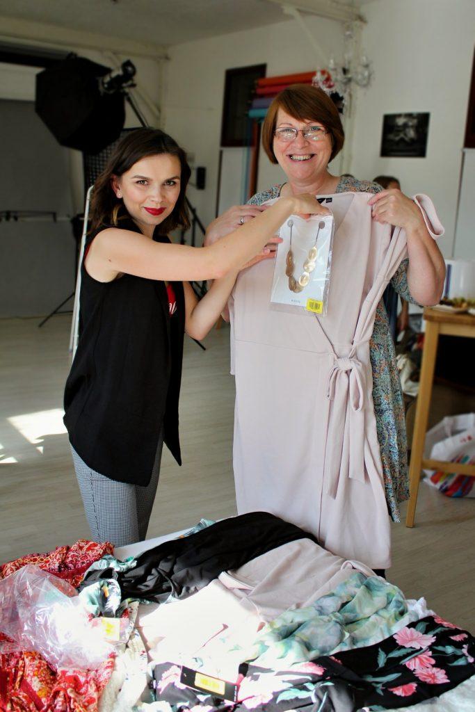 Na fotke aura beauty, styling akčnej ženy, Janka Bakciová