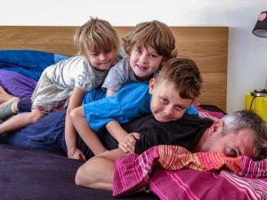Šimon Šicko s deťmi