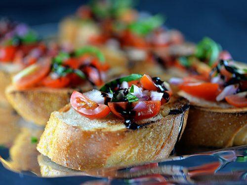bruschetta s paradajkami