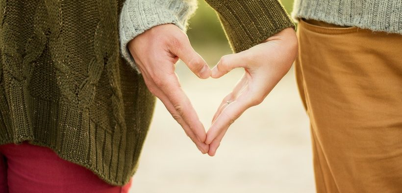 srdce z ruk