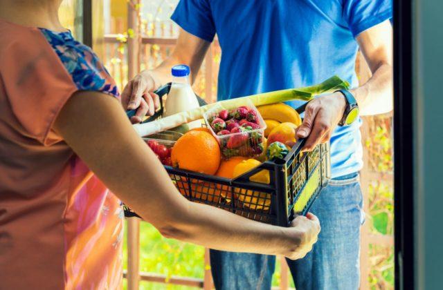 d3f4dc946e0f V roku 2013 pritom potraviny a jedlo nakupovalo takýmto spôsobom iba 7 %  všetkých Slovákov nakupujúcich online.